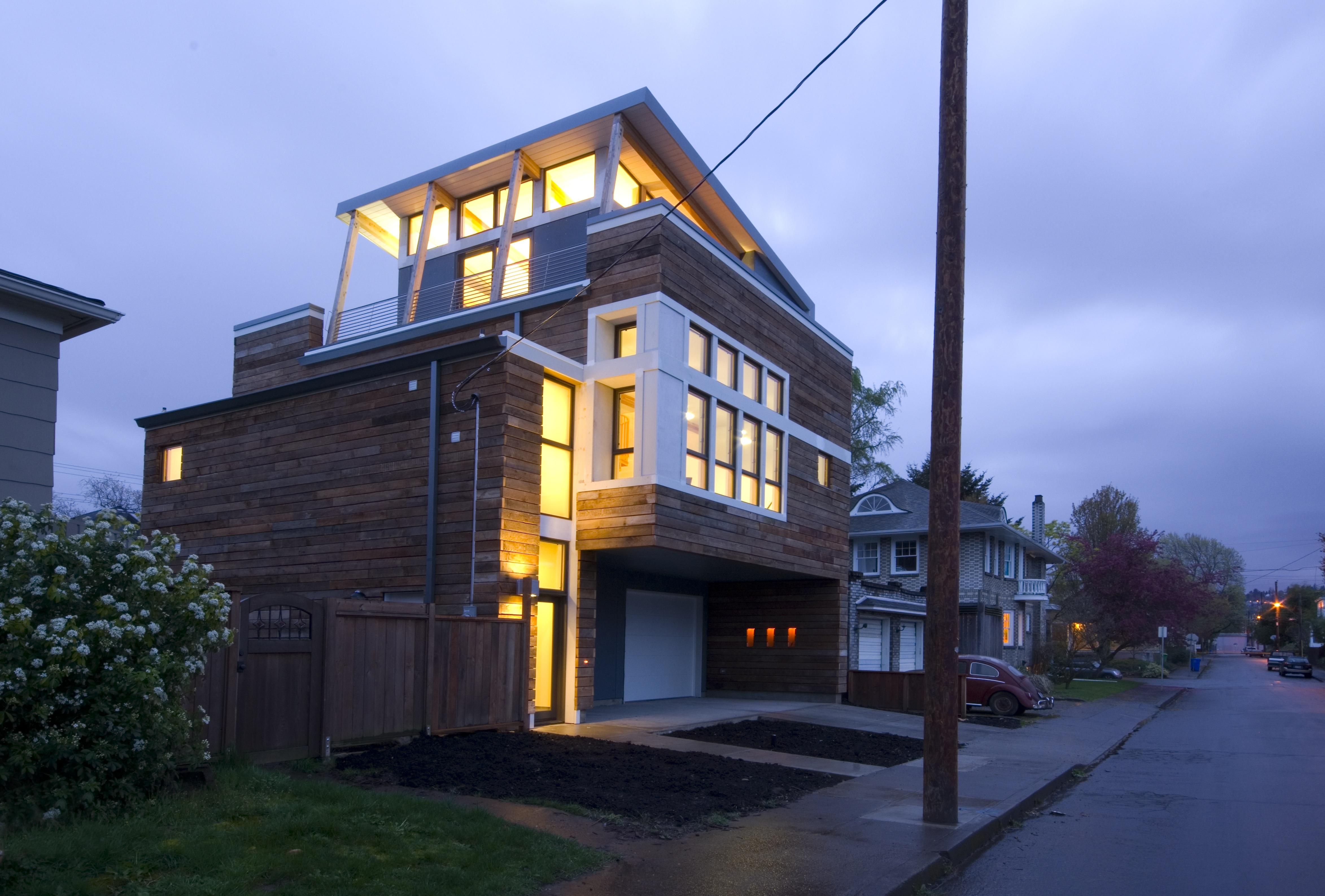 The Ivon Project | Garage+Artist's Loft in SE Portland, OR